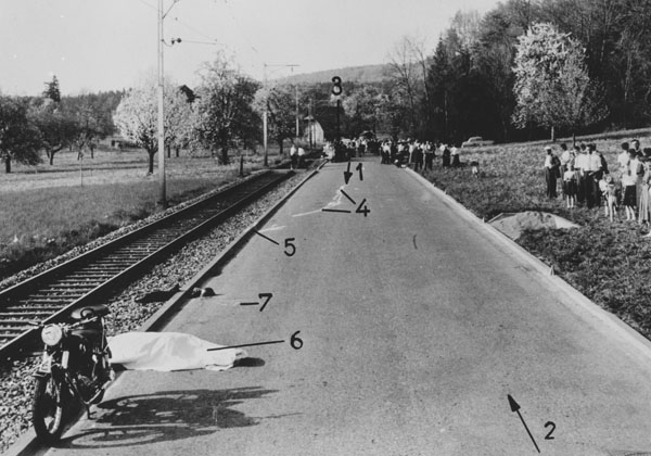 Tragique accident de motocycle en 1959